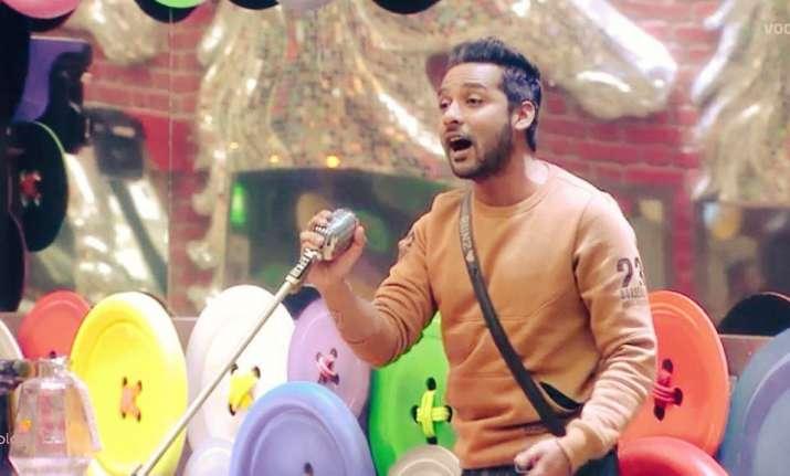 Ex-Bigg Boss 11 contestant Puneesh Sharma accused of using
