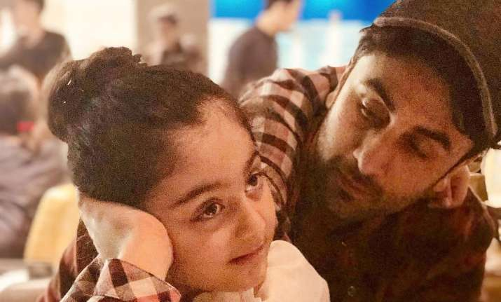 Ranbir Kapoor shares cute frame with niece Samara