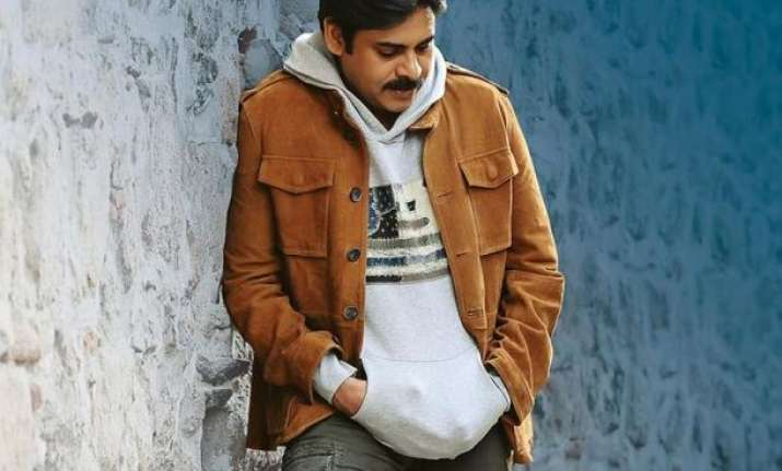 Pawan Kalyan starrer Agnyaathavaasi to have 7 shows in