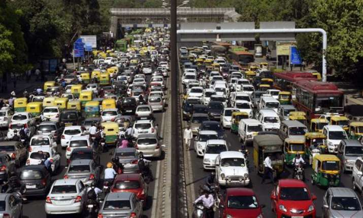 Projects worth Rs 31,930 crore to decongest Delhi in