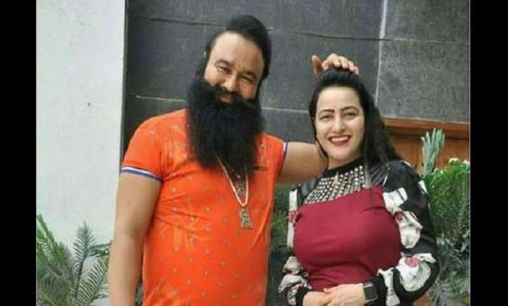 File photo of Gurmeet Ram Rahim Singh and Honeypreet Insan.