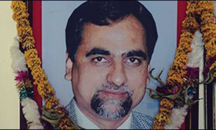 SC directs Maharashtra govt to give Justice Loya's