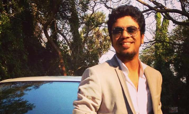 Papon clarifies his stand on kissing controversy