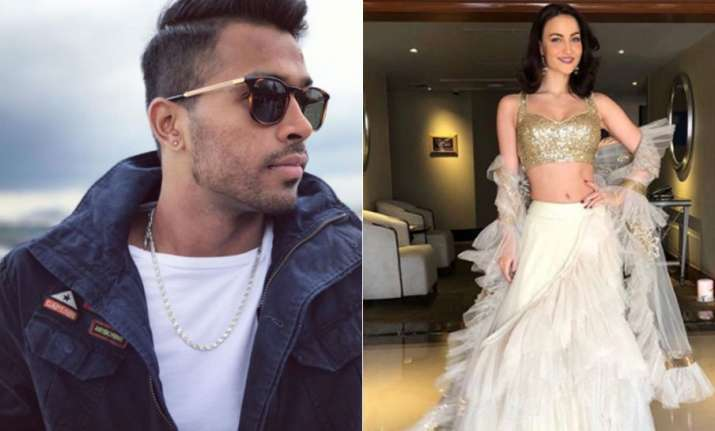 Elli AvrRam dating cricketer Hardik Pandya?