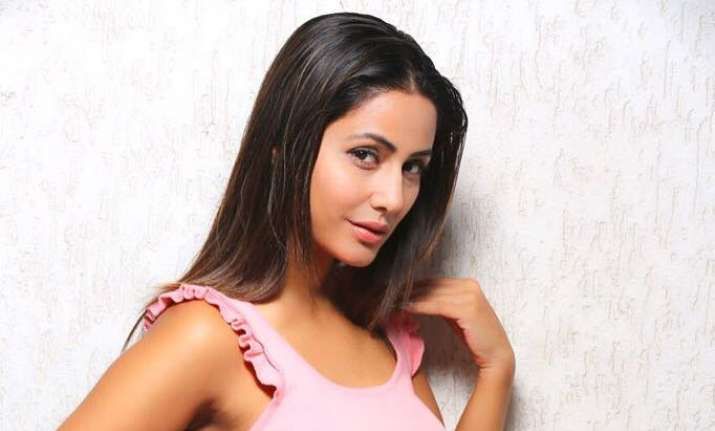 Bigg Boss 11 Hina Khan all set to make an appearance on LFW