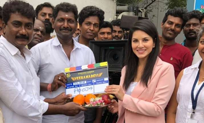 Sunny Leone starts shooting for her Tamil debut film