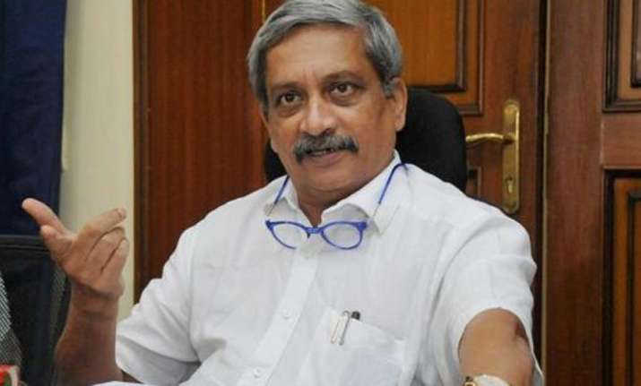 Media twisted my remarks on girls consuming liquor: Manohar