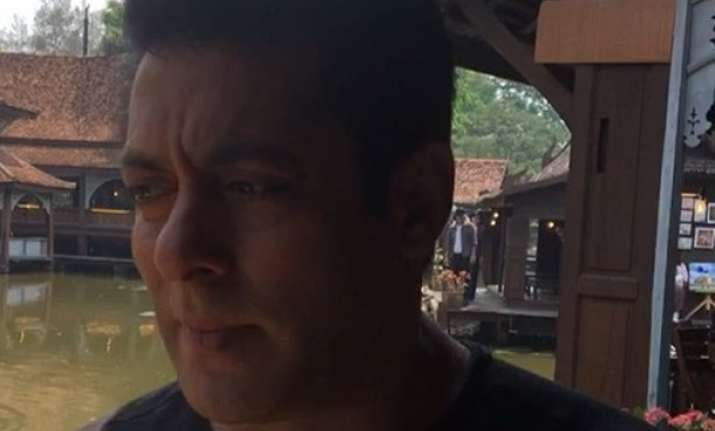 Salman Khan shares videos from Thailand location for Race 3