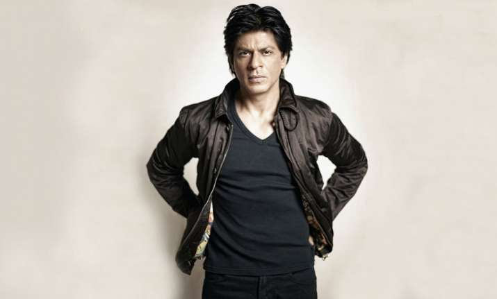 Shah Rukh Khan commented on a fan's video on Twitter