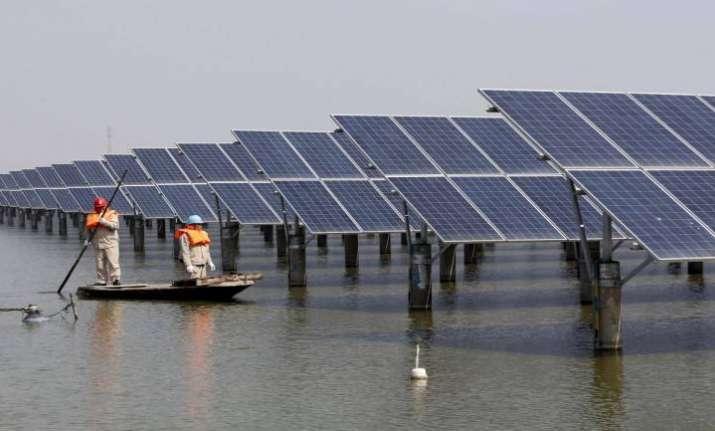 Solar, wind power tariffs may dip below Rs 2/unit in 2-3