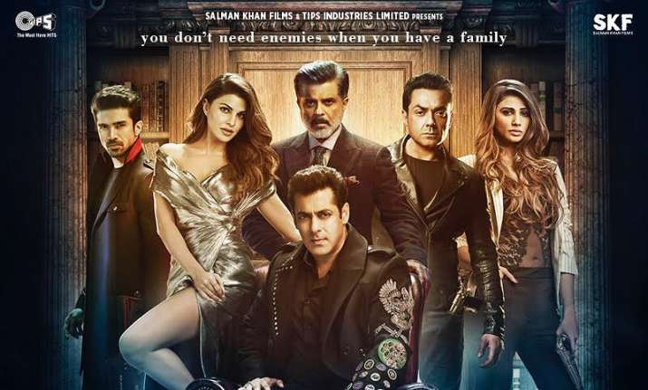 Race 3 family new poster