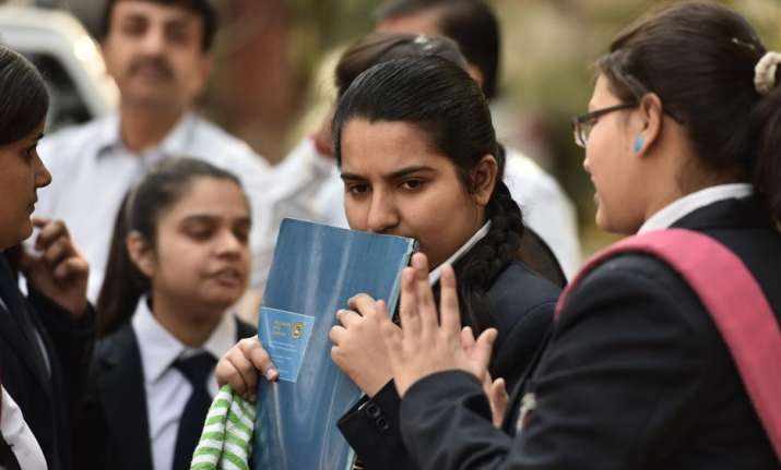 CBSE warns students against fake 'leaked' question papers