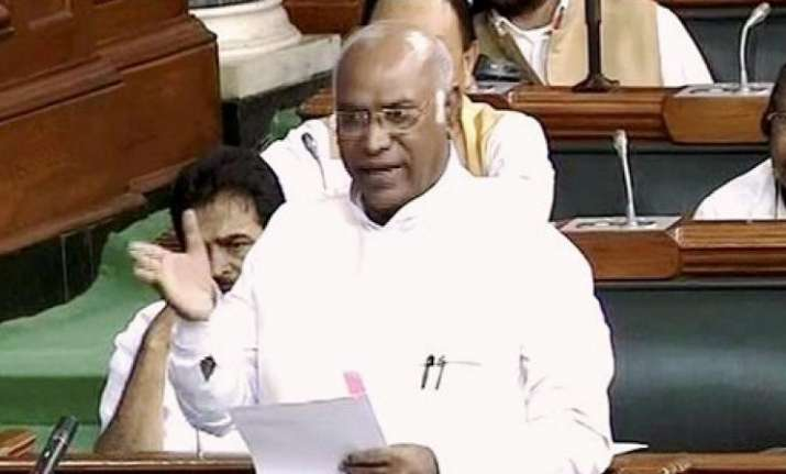 Mallikarjun Kharge writes to Modi, refuses to attend Lokpal