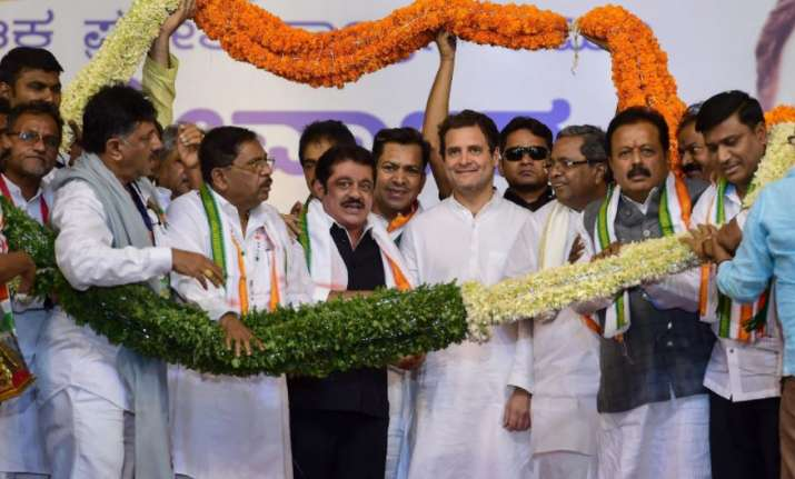 Mysuru: Congress President Rahul Gandhi with newly inducted