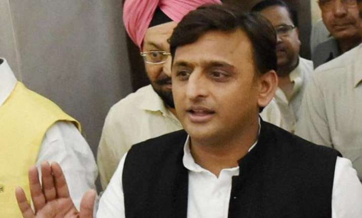 Akhilesh Yadav ready to put Mayawati first for SP-BSP