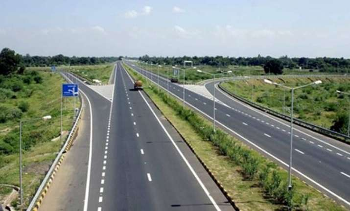 The Delhi-Mumbai Expressway will be built at a cost of Rs 1