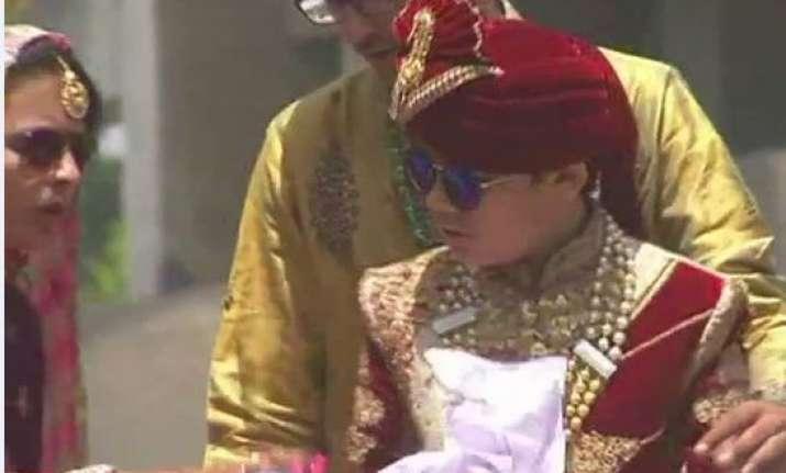 12-year-old Surat boy, son of a diamond merchant, renounces