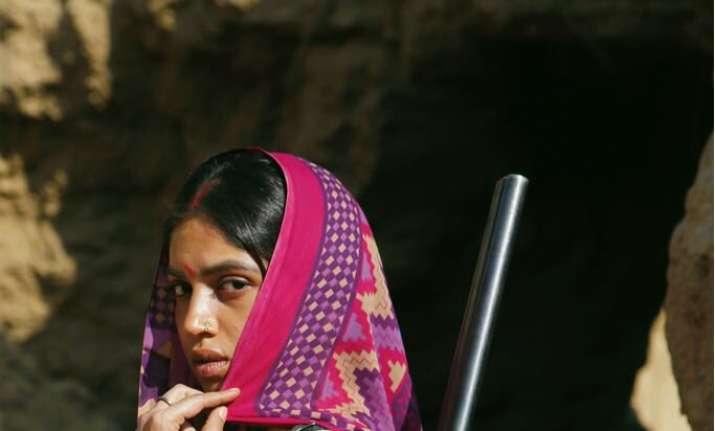 Son Chiriya new poster: Bhumi Pednekar as a rural woman