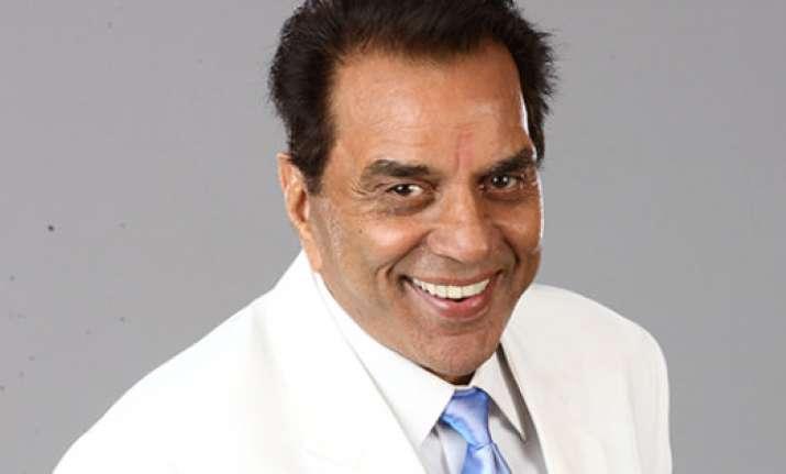 Veteran actorDharmendrato get RajKapoorLifetime