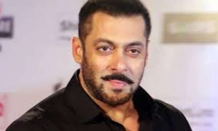 Supreme Court stays proceedings in 6 cases against Salman
