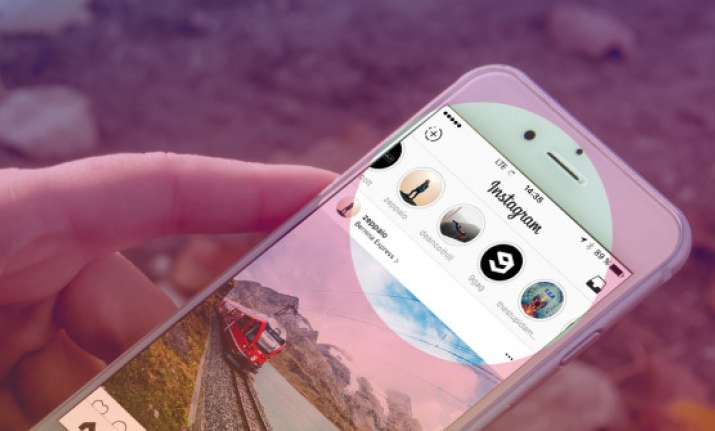 You can now share multiple photos and videos at once on