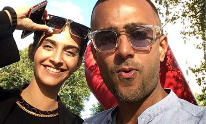 Image result for sonam kapoor and anand ahuja