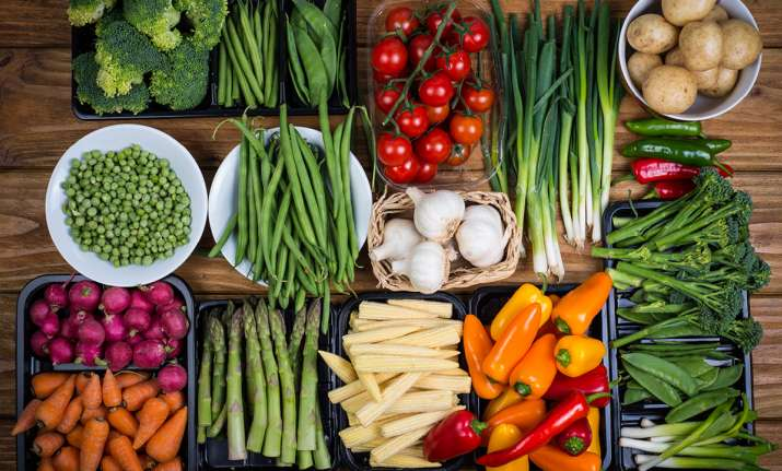Healthy diet may lower risk of hearing loss in women, says