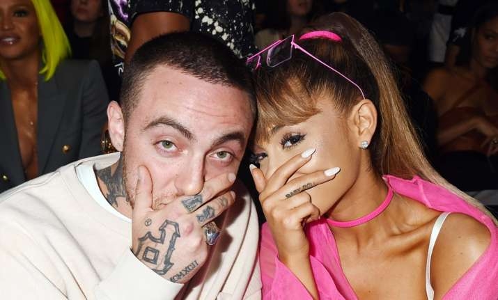 Singer Ariana Grande ends relationship with beau Mac Miller