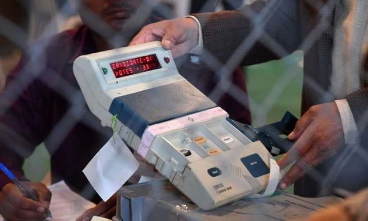 Karnataka Assembly elections: BJP, Congress, JD(S) to lock