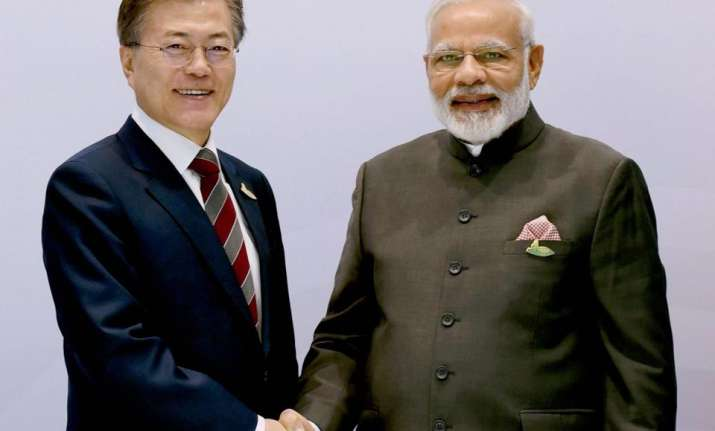 Indian Prime Minister Narendra Modi with South Korean