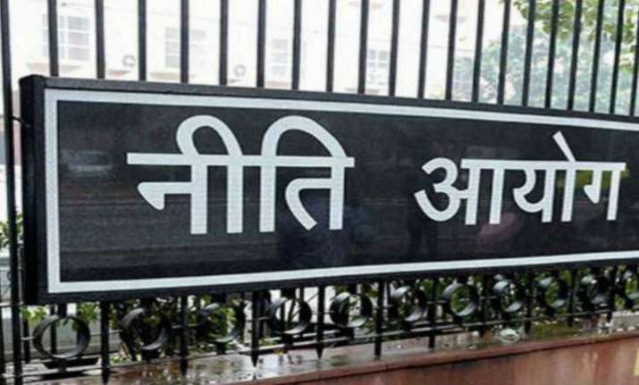 'Niti Aayog working on proposal to replace LPG subsidy with