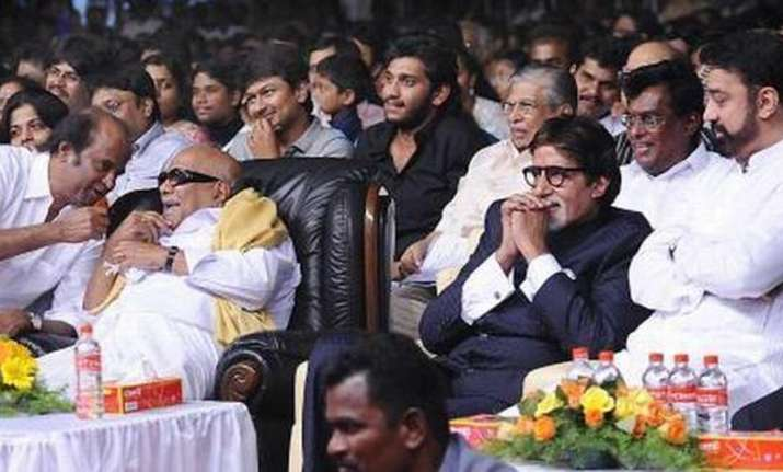 Amitabh Bachchan mourns Karunanidhi's death saying he