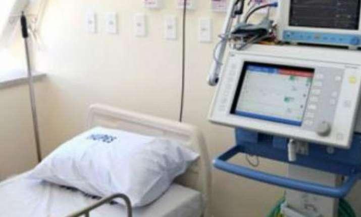 Chattisgarh: Girl on ventilator support dies as cylinder