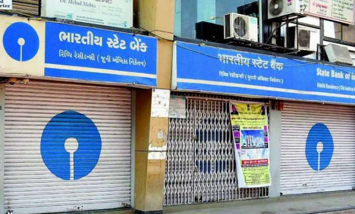 Banks may remain closed for 5 days due to holidays, strikes