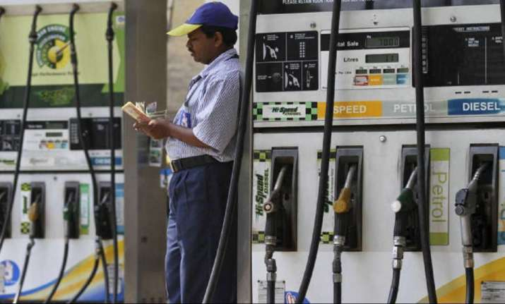 Petrol price cut to its lowest level in 2018, diesel rates