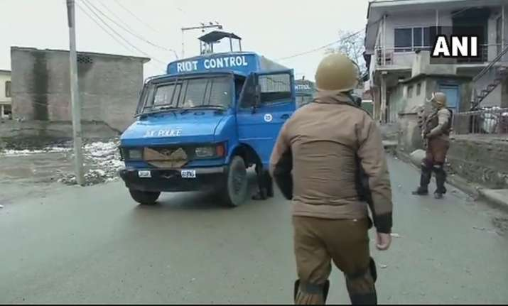Jammu and Kashmir: Security forces gun down two militants