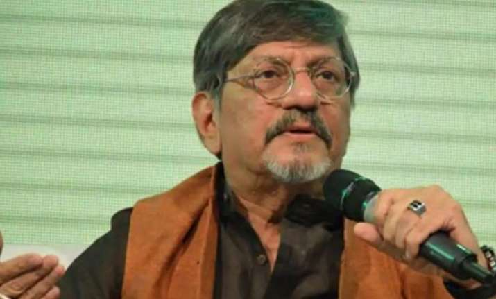 Amol Palekar's speech interrupted after he criticises