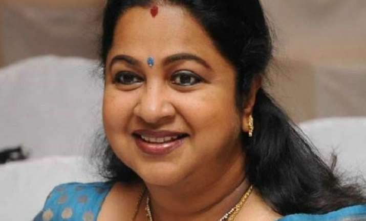 Tamil actress Radikaa Sarathkumar has narrow escape in Sri