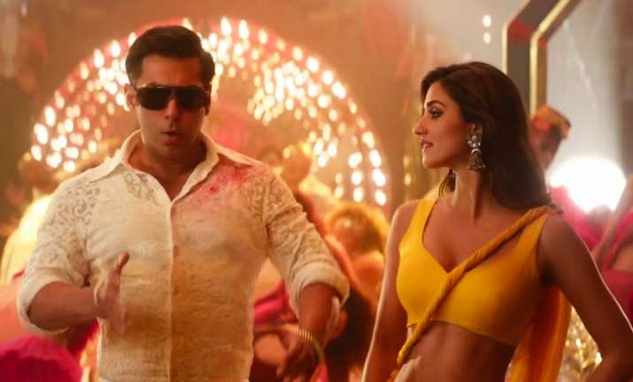 Bharat: Watch how Salman Khan and Disha Patani prepped up