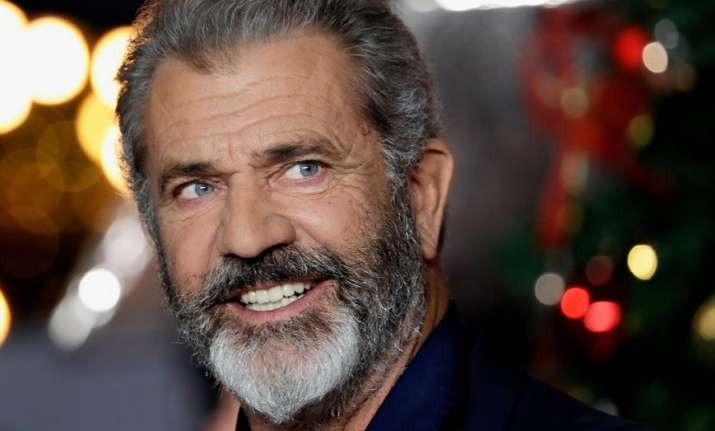 Mel Gibson to play Santa Claus in action-comedy Fatman