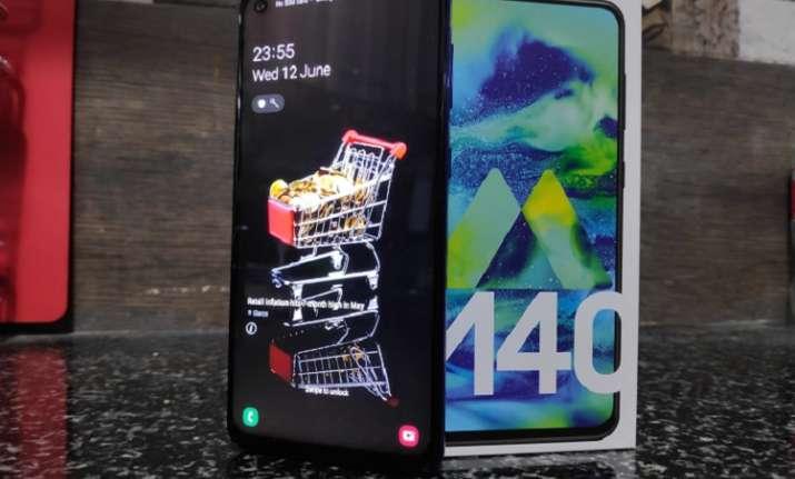 Samsung Galaxy M40 Photo Gallery: Impressive mid-range