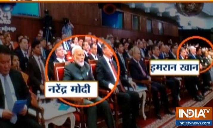 PM Modi avoids handshake, pleasantries with Pakistan PM at