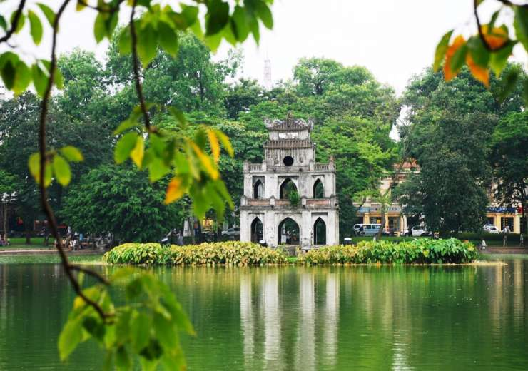 Hoan Kiem Lake - India Tv