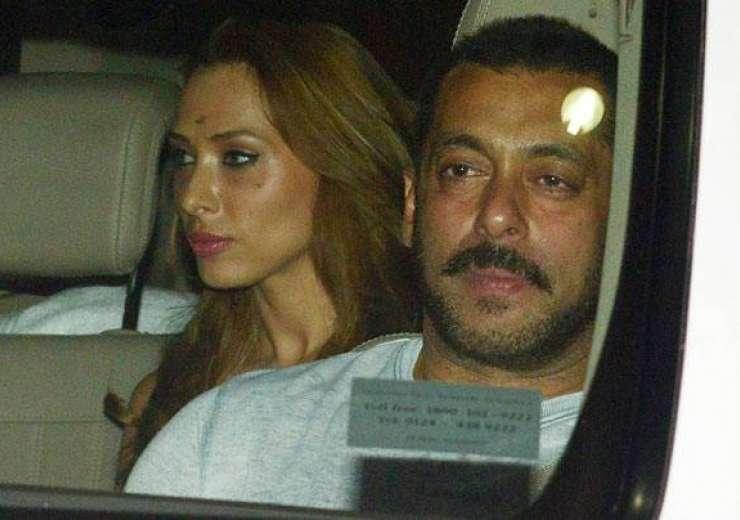 Salman Khan and Iulia Vantur in the car - India Tv