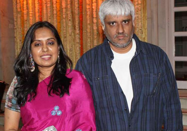 Vikram was married to Aditi and their union ended in 1998. - India Tv