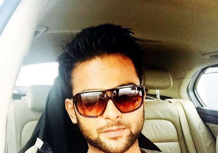 His style and charm will make you look at him twice and even more! - India Tv