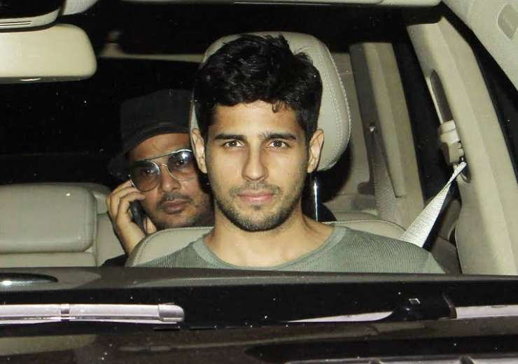 Sidharth Malhotra was also spotted at the premiere. - India Tv