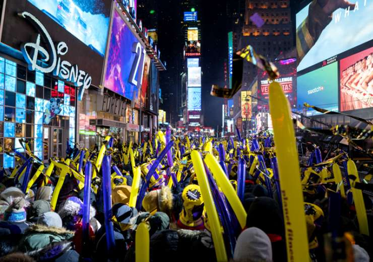 Revelers gather on Times Square in New York on December 31, 2017, as they take part in a New Year's Eve celebration - India Tv