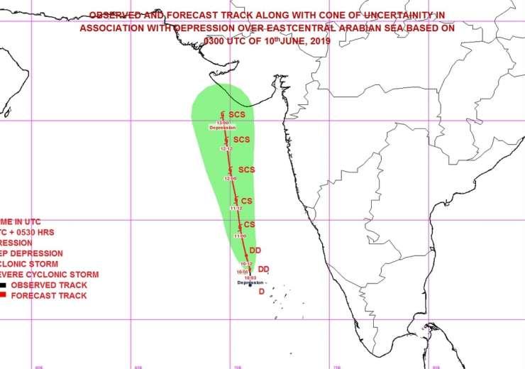 Cyclone Vayu to hit Gujarat on Thursday, NDRF teams on alert - India Tv