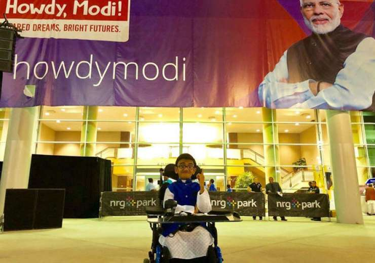 Sparsh Shah: Meet teen rapper who sang the national anthem at 'Howdy Modi' event - India Tv